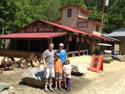 Bo's Mine Tours